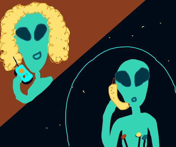 alien calls his alien mother on banana phone