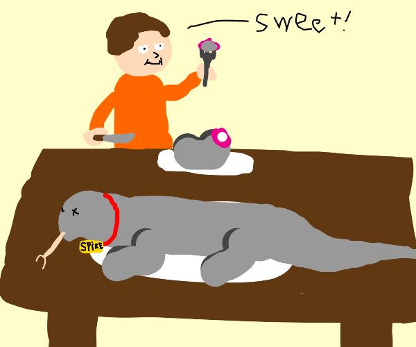 Man thinks his pet komodo dragon is sweet