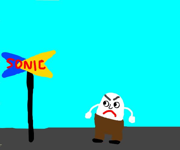 Sonic vs Humpty Dumpty