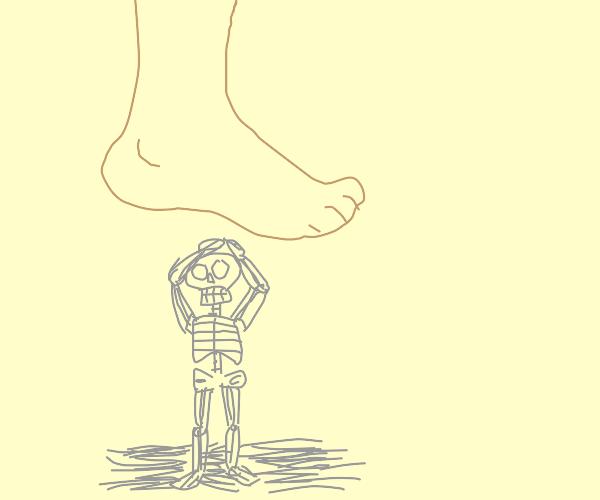 big foot vs skeleton