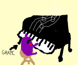 grape playing piano