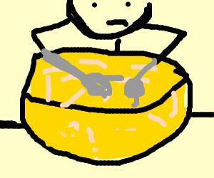 Guy makes xxxxing mac n cheese.