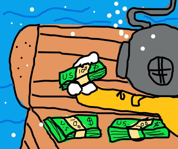 Diver finds deep sea treasure, in US Dollars
