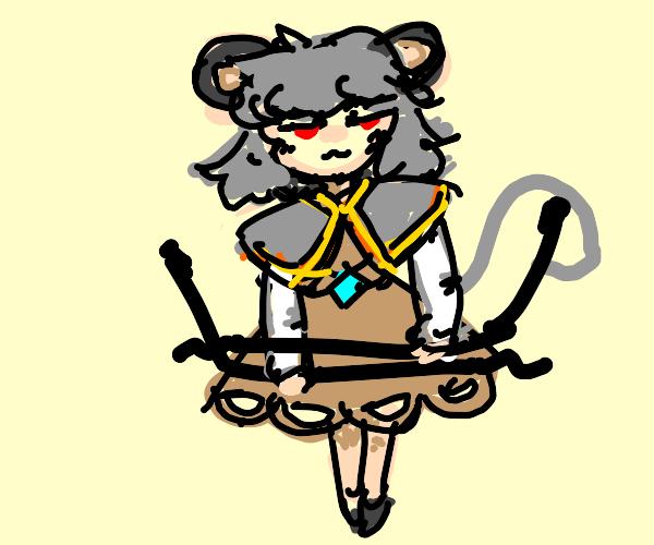 Tanuki girl unbends giant hairpins