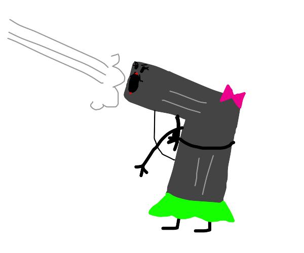 """She a lil pistol,""""pew pew!'"""