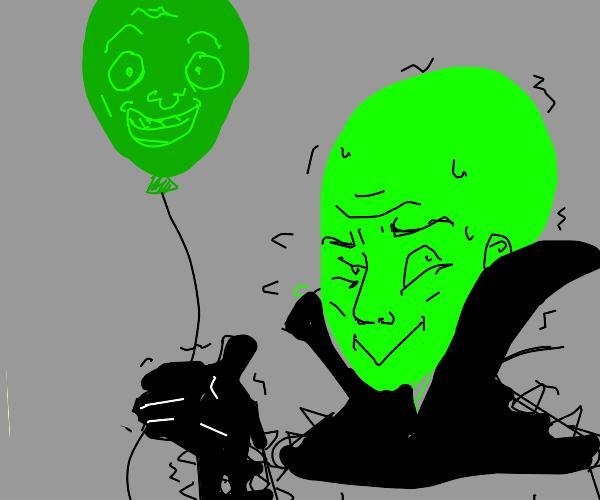 Green megamind loses his balloon