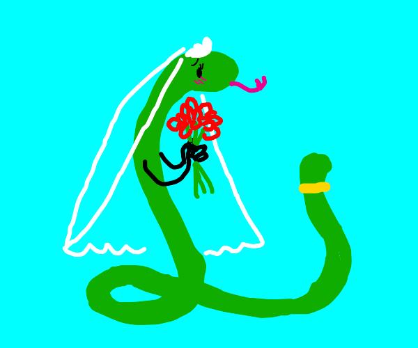Snake with hands get marreid