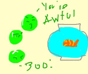 peas hate goldfish