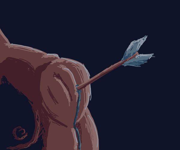 Arrow points at shoulder