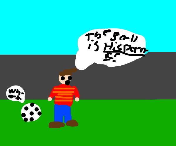 Racist soccerplayer thinks ball is hispanic