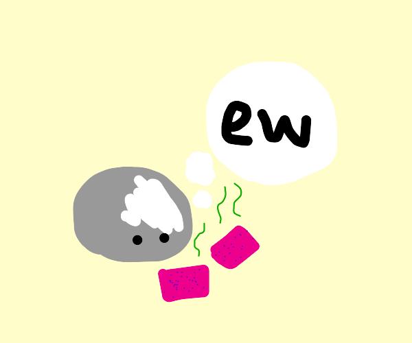 blob thinks hair curlers smell like trash