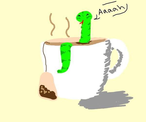 snek taking a tea bath