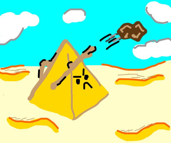 Living Pyramid Rock Thrower