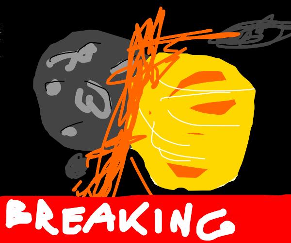 Breaking news: mercury and venus collide
