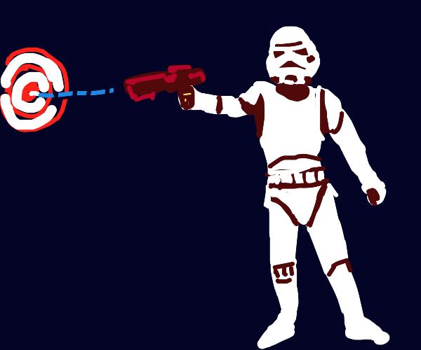 Stormtrooper finally hitting someone