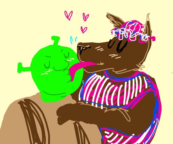 Shrek and big bad wolf makeout