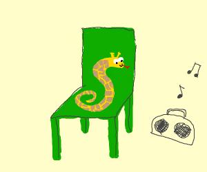 girafe-snake chilling on green chair