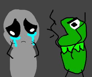 green lizard beast yells at grey alien