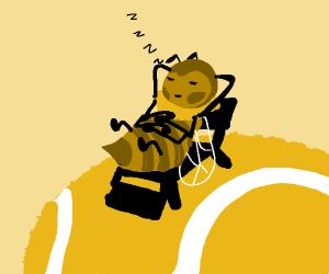 Bee naps on tennis ball