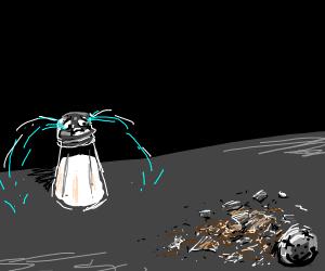 Sad salt shaker :c