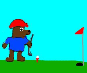 Paddington plays golf!