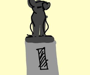 Statue of a smol Shiba Inu
