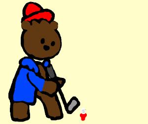Paddy bear playing golf
