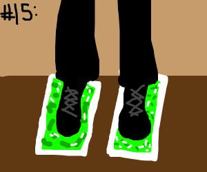 Number 15 Burger King foot lettuce