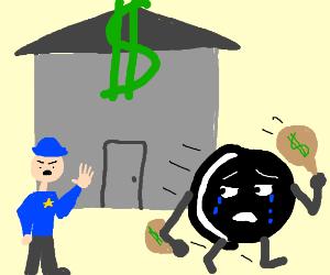 Sad Oreo robs bank, flees cops