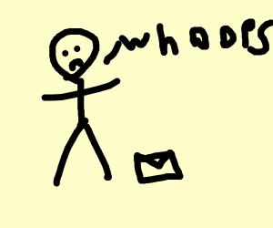 Mailman drops letter