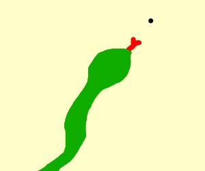 Snake  tries to reach dot