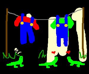 PLAUSIBLE: lizards prefer Luigi's overalls