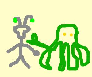 grey alien n green cthula play rock paper scisso