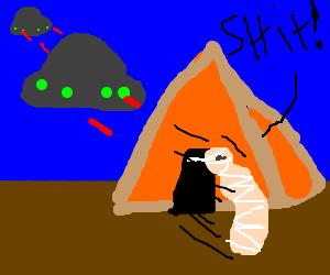 mummy escapes alien attack