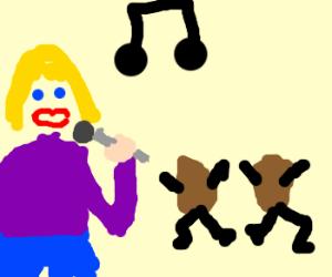Blond singer makes potatoes dance