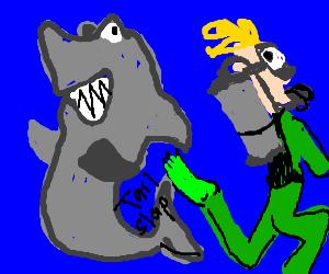 Shark tail-slaps scuba diver