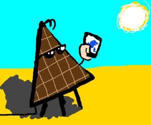 Cool solar panel triangle tweeting
