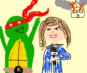 It's Raphael (TMNT), photobombing news report!