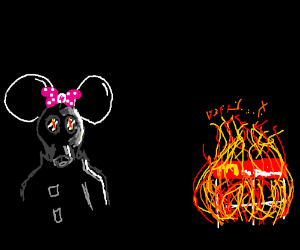 Psycho MinnieMouse sets fire to McDonalds
