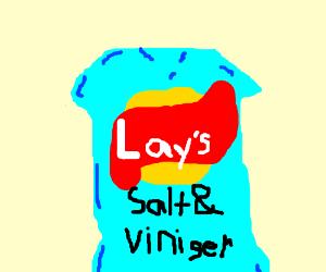salt and vinegar chips ( it says viniger)