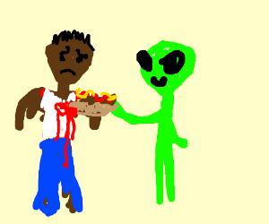 Alien uses hot dog to shank black man