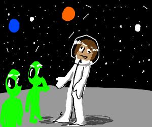 Derpstronaut greets green men