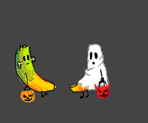 2 bananas dressed up for Halloween!