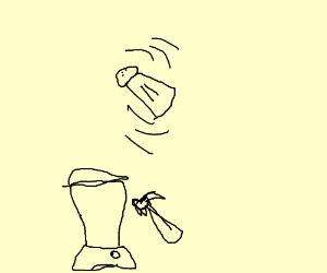 guy make blender/salt shaker mix