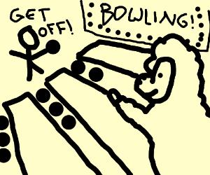 Lamb on a bowling lane